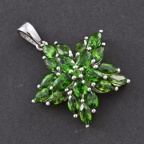 Russian Diopside (Pear) Floral Pendant in Platinum Overlay Sterling Silver 3.750 Ct.