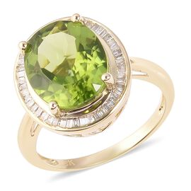 5.33 Ct AAA Hebei Peridot and Diamond Halo Ring in 9K Gold 3.28 Grams