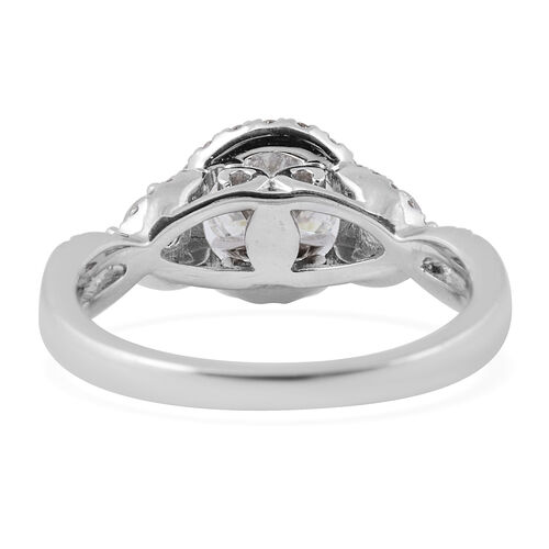 New York  CloseOut 14K White Gold Diamond Ring, Centre Dia 1.00 Ct. Total Weight 1.50 Ct. (I1-I2/GH)