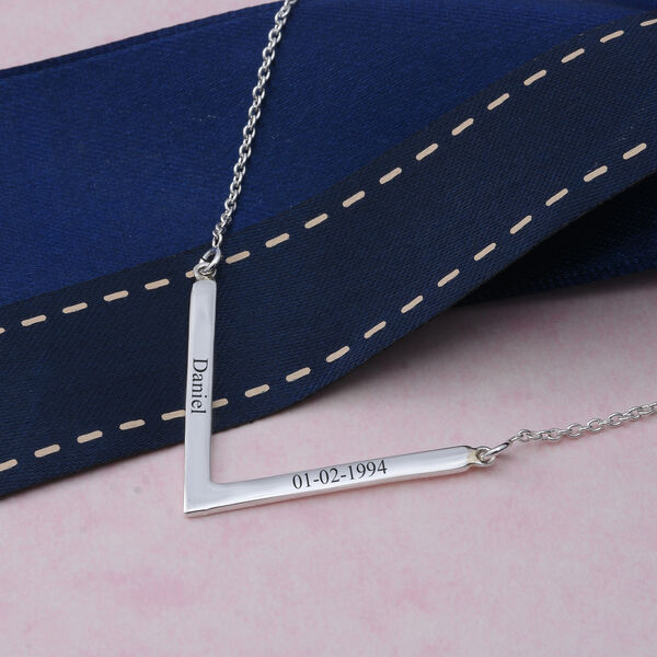 Personalised Engravable V Necklace in Silver, Size 18 Inch