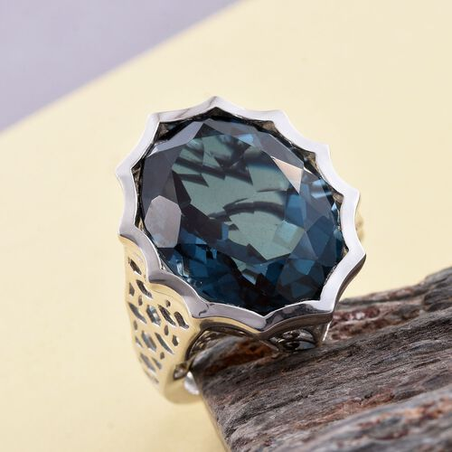 Indicolite Quartz (Ovl) Ring in Platinum Overlay Sterling Silver 18.750 Ct. Silver wt 7.21 Gms.