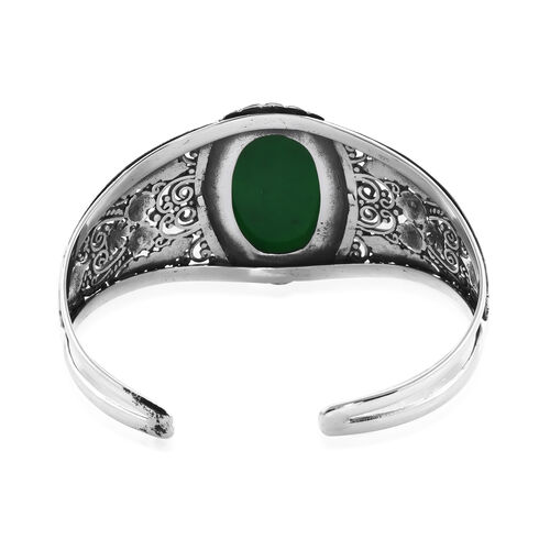 Green Jade (Ovl 30x20mm) Cuff Bangle (Size 7.5) in Sterling Silver 37.98 Ct, Silver wt 31.65 Gms