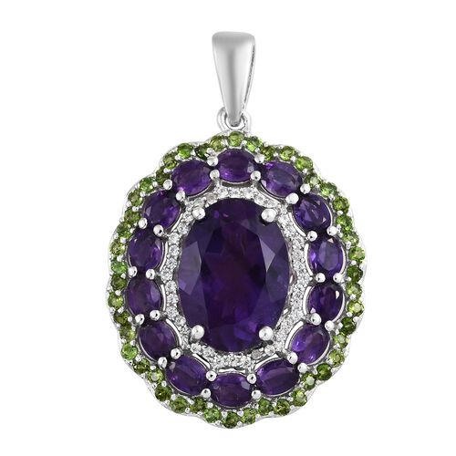 Lusaka Amethyst (Ovl 5.00 Ct), Russian Diopside and Natural Cambodian Zircon Flower Pendant in Plati