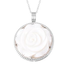White Mother of Pearl (22.75 Ct) Sterling Silver Pendant With Chain  22.750  Ct.
