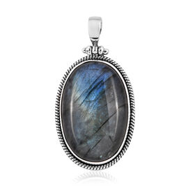 Royal Bali Collection Labradorite (Ovl 30x20 mm) Pendant in Sterling Silver 33.730 Ct, Silver wt 6.13 Gms.