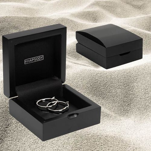 RHAPSODY Plain Hoop Earrings in Supreme Finish 950 Platinum (inner size 14.50mm outer 17.10mm width1.30mm).