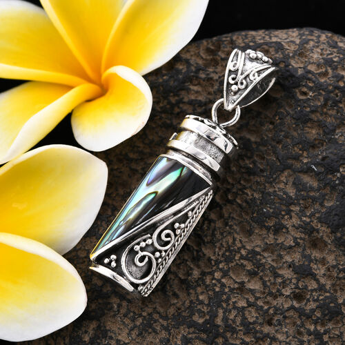 Royal Bali Collection - Abalone Shell Love Potion Pendant in Sterling Silver, Silver wt 8.55 Gms