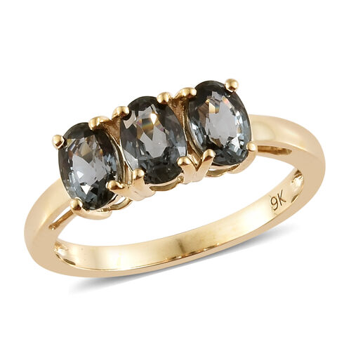 9K Yellow Gold AAA Platinum Grey Spinel (Ovl) Trilogy Ring 1.750 Ct.