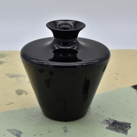Made In Italy - Authentic Murano Pot Shape Glass Vase - Black