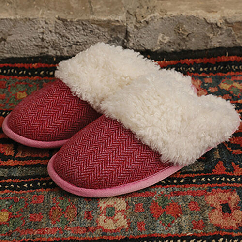 ARAN Tweed Slip-on Slipppers with Fur Lining (Size: Medium 6-7) - Red