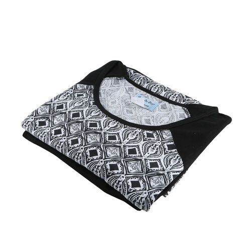 2 Piece Set - Amanda Paige Soft and Comfortable Solid Black Leggings and Printed Top (Size XL)