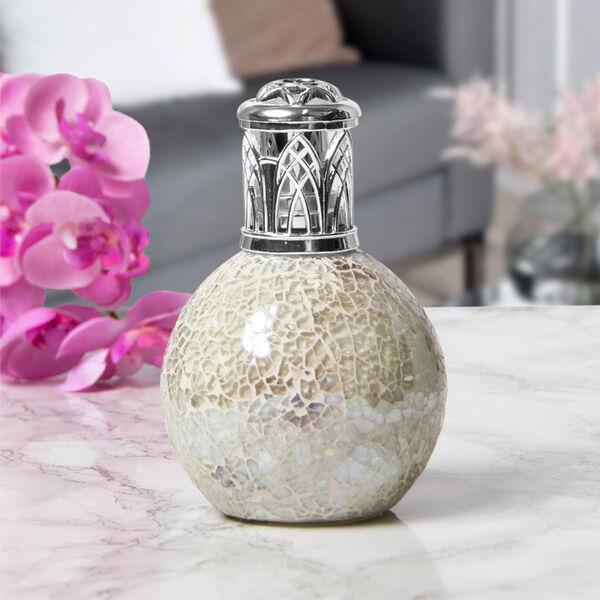 White Mosiac Fragrance Lamp (Size 16x8cm)
