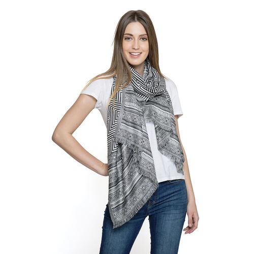 Black and White Colour Zigzag Pattern Scarf (Size 180x70 Cm)