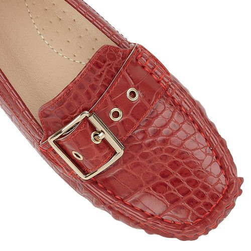 Lotus Red Cory Slip-On Loafers (Size 4)