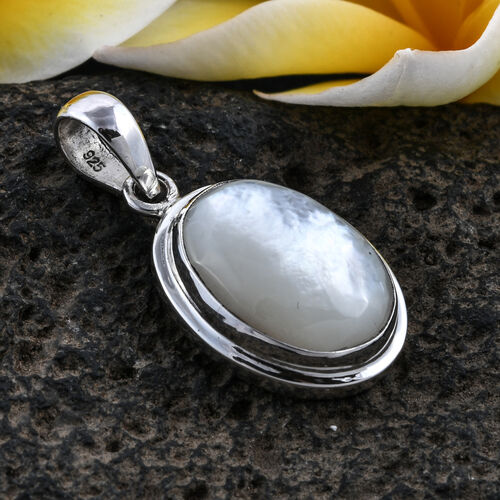 Royal Bali Collection Mother of Pearl Pendant in Sterling Silver
