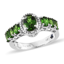 GP Russian Diopside (Ovl 1.97 Ct), Kanchanaburi Blue Sapphire Ring in Platinum Overlay Sterling Silver 2.000 Ct.