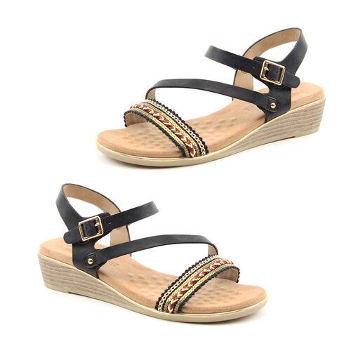 Heavenly Feet Garnet Black Ladies Wedge Sandals (Size 8)