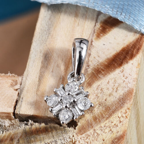 9K White Gold SGL Certified Diamond (Bgt and Rnd) (I3/G-H) Pendant 0.20 Ct.
