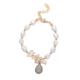 Labradorite and White Freshwater Pearl Bracelet (Size 7.5 with 2 inch Extender) in Gold Tone