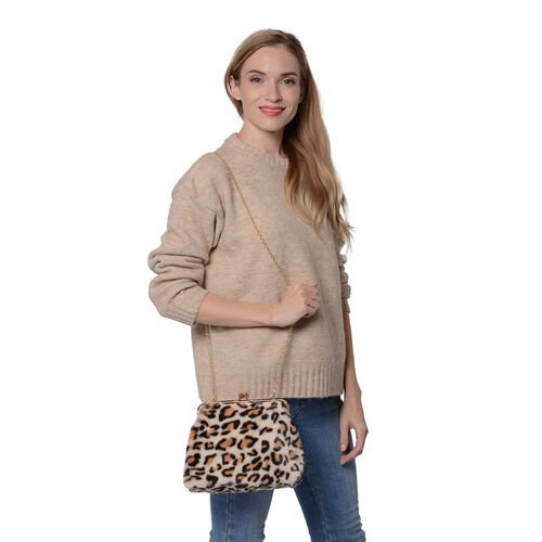 Beige Leopard Pattern Faux Fur Clutch Closure Crossbody Bag (Size: 23x10x18cm) with Chain Shoulder Strap (L: 120cm) in Gold Tone