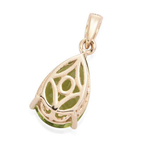 9K Yellow Gold AAA Hebei Peridot (Pear) Solitaire Pendant 3.200 Ct.
