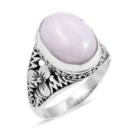 Royal Bali Collection White Jade (Ovl) Ring in Sterling Silver 12.000 Ct. Silver wt 5.22 Gms.