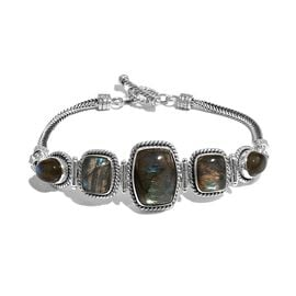 Artisan Crafted Labradorite Bracelet (Size 7.5) in Sterling Silver 24.19 Ct, Silver wt 14.03 Gms
