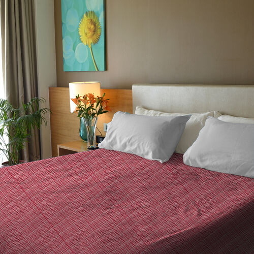 Close Out Deal- 100% Cotton Rasberry Pink and White Colour Bed Cover (Size 250x230 Cm)