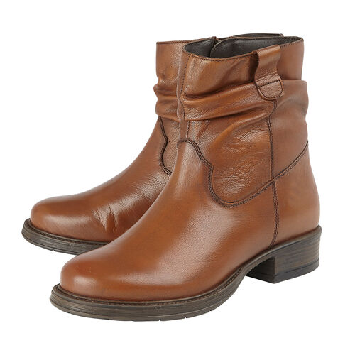 Lotus Tan Leather Eloisa Ankle Boots (Size 8)