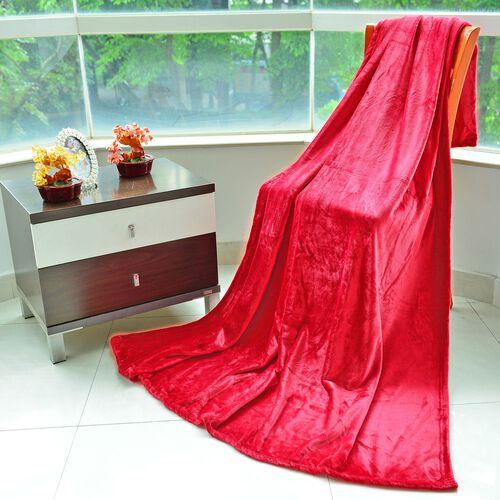 Superfine 290 GSM Microfibre Flannel Blanket Red Colour 150x200 cm