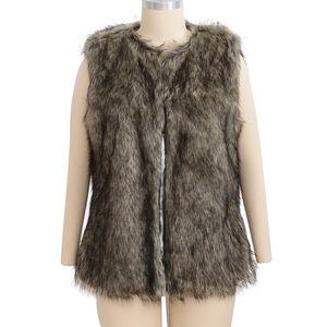 'Close Out Deal Luxe Super Soft Helson Faux Fur Khaki And Black Colour Gilet ( Size 14-16 )