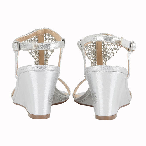 Lotus Silver Kassidy Wedge Sandals (Size 5)