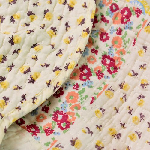 Yellow, Cream and Multi Colour Floral and Paisley Printed Quilt (Size 250X220 Cm) with 2 Pillow Shams (Size 70X50 Cm)