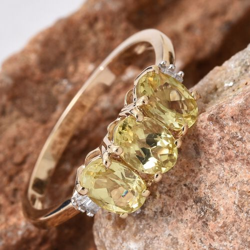 Mega Deal-9K Yellow Gold Madagascar Honey Apatite (Ovl), Diamond Ring 2.350 Ct.
