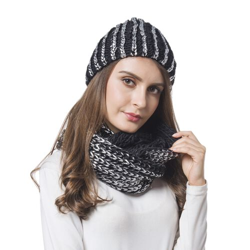 Silver and Black Colour Knitted Wheat Pattern Infinity Scarf (Size 56X27 Cm) and Slouchy Hat (Size 20x20 Cm)