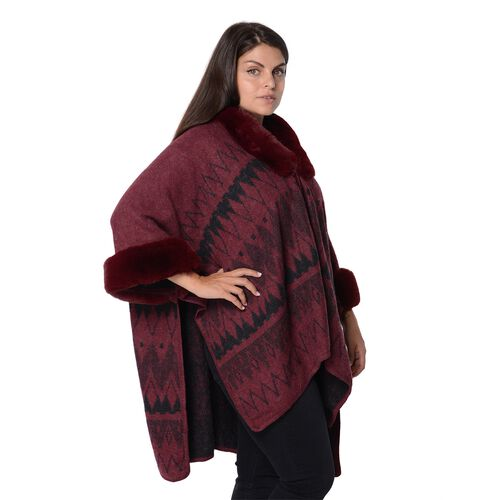 Rhombus Pattern Blanket Wrap with Faux Fur Collar and Sleeves (Size 79x107 Cm) - Black and Red