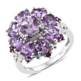 Rose De France Amethyst (Rnd 1.20 Ct), Rhodolite Garnet Floral Ring in Platinum Overlay Sterling Silver 5.000 Ct. Silver wt 4.83 Gms.