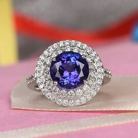 ILIANA 18K White Gold AAAA Tanzanite and Diamond (VS/E-F) Ring 4.50 Ct, Gold wt 7.63 Gms