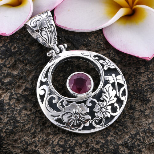 Bali Legacy Collection African Ruby (Rnd) Circle Of Life Pendant in Sterling Silver 2.840 Ct, Silver wt 7.60 Gms
