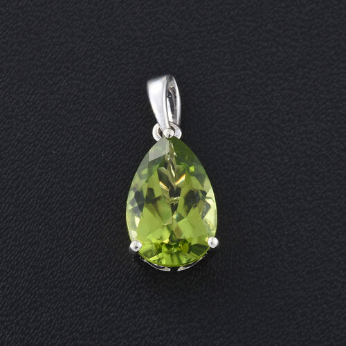 9K White Gold 2.75 Ct AAA Hebei Peridot Pear Solitaire Pendant
