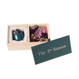 The 5th Season Scented Soy Wax Candle with Artificial Flowers in Wooden Gift Box - Dark Green