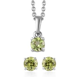 2 Piece Set - Hebei Peridot Pendant with Chain (Size 18) and Stud Earrings (with Push Back) in Plati