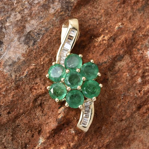 Mega Day Deal-9K Yellow Gold Kagem Zambian Emerald (Rnd), Diamond Pendant 1.250 Ct.Gold Wt 1.60 Gms