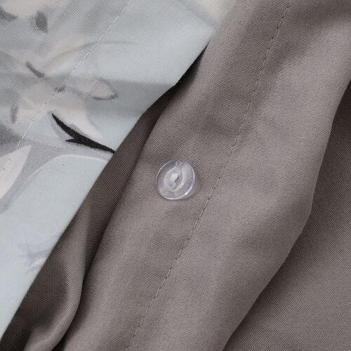 4 Pcs Grey Colour Fitted Sheet (Size 140x190 Cm), Duvet Cover (Size 200x200 Cm) and 2x Pillow Case (Size 50x75 Cm) Grey, Sky Blue and Multi Colour
