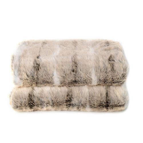 Superior Quality Faux Fur Deer Blanket with Reverse Faux Mink (Size 200x150 Cm)