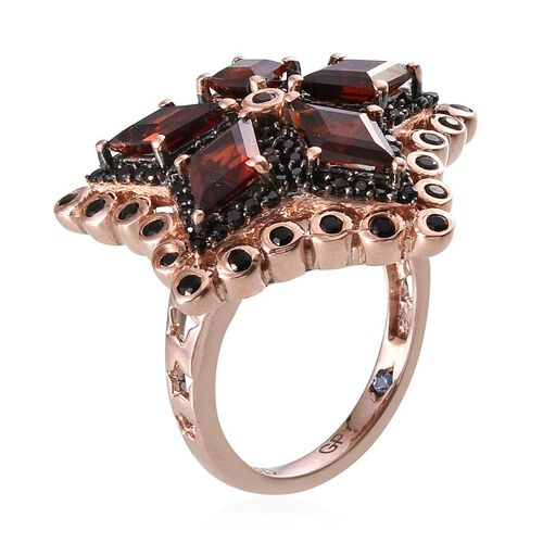 GP Mozambique Garnet, Kanchanaburi Blue Sapphire and Boi Ploi Black Spinel Ring in Rose Gold Overlay Sterling Silver 4.000 Ct. Silver wt 7.80 Gms. Number of Gemstone 117