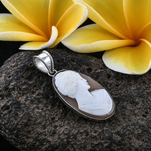 Royal Bali Collection Cameo (Ovl 30x16 mm) Pendant in Sterling Silver 11.450 Ct.
