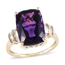 6.75 Ct AAA Moroccan Amethyst and Diamond Solitaire Design Ring in 9K Gold 2.42 Grams