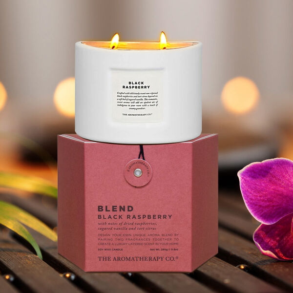 The Aromatherapy Co. 280g Blend Candle - Black Raspberry
