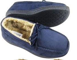 Close Out Deal Moccasin Loafers in Navy Blue with Faux Fur Lining (Size 9)